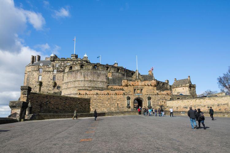 Edinburgh Castle4