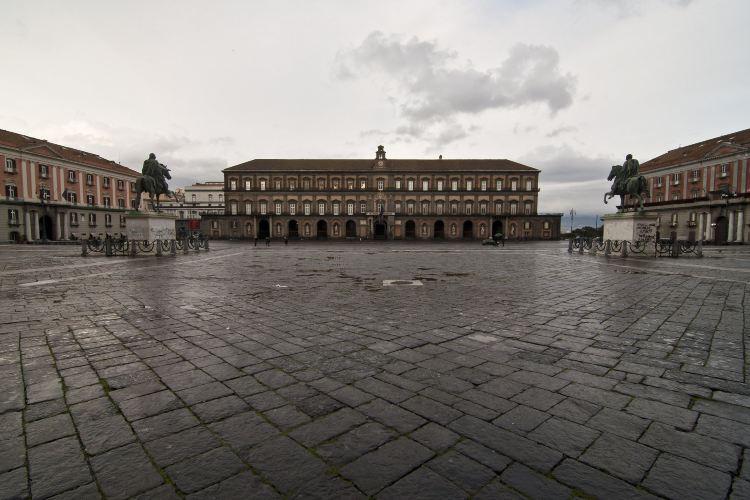Royal Palace of Naples4
