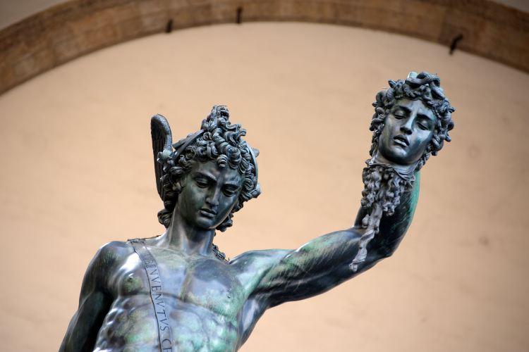 Perseus Statue1