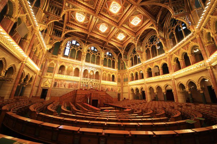 Hungarian Parliament Building3