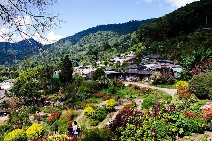 도이뿌이 몽족마을