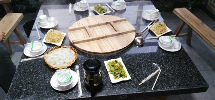 白洋澱鍋裡口灶台魚(白洋澱土著人的燉魚館)2