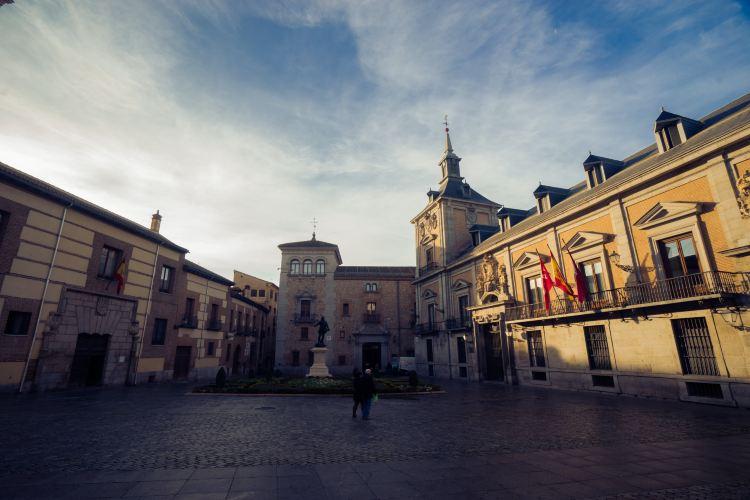 Plaza de la Villa1
