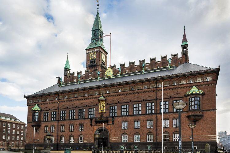 Copenhagen City Hall Square3
