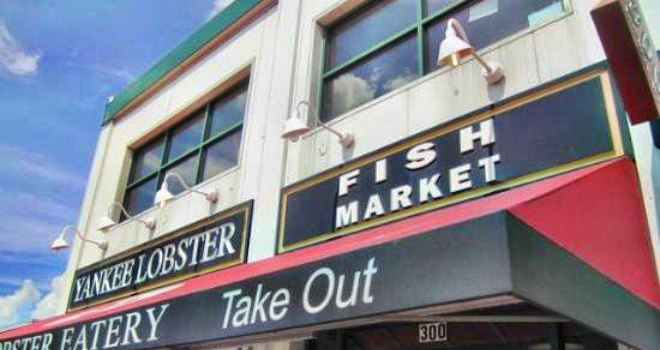 Yankee Lobster Fish Market1