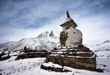 飞越珠穆朗玛峰体验一日游