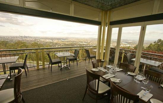Summit Restaurant & Bar2