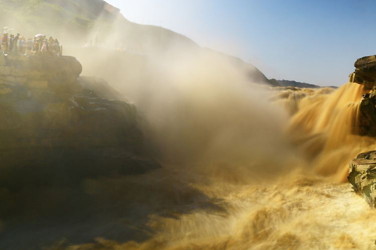Hukou Waterfall3
