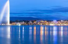 日内瓦精华1日游 欣赏震撼人心的大喷泉,探访联合国欧洲总部万国宫,漫步在典雅的老城区,日内瓦四季皆有