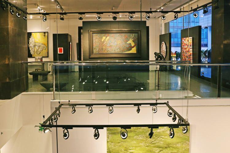 Opera Gallery Dubai1