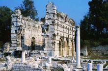 参观古罗马遗址,体会尼斯人文历史