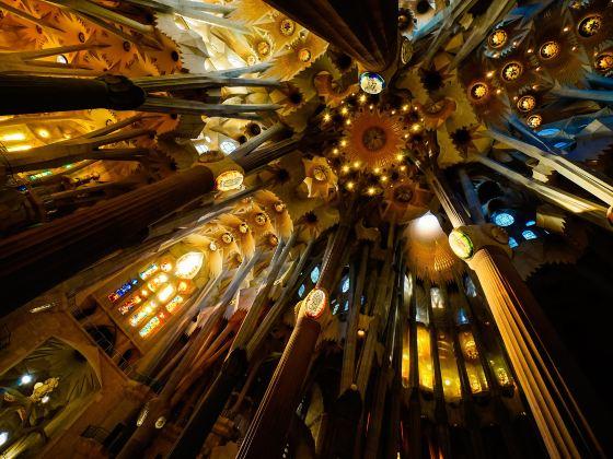 사그라다 파밀리아 성당
