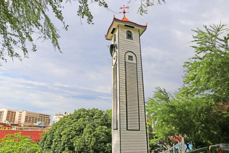 앳킨슨 시계탑1