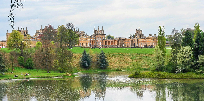 英國丘吉爾莊園布倫海姆宮+科茨沃爾德一日遊(當地專業導遊+豪華空調巴士往返+含午餐包)