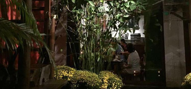Cuc Gach Quan Restaurant1