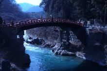 东照宫是供奉日本最后一代幕府—江户幕府的开府将军德川家康的神社,后被教科文组织列为世界文化遗产。日光