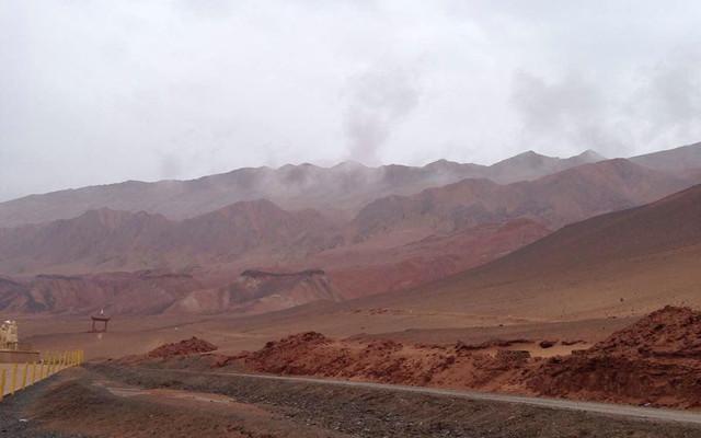 新疆之一一火焰山