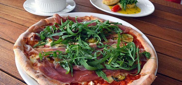 Parami Pizza