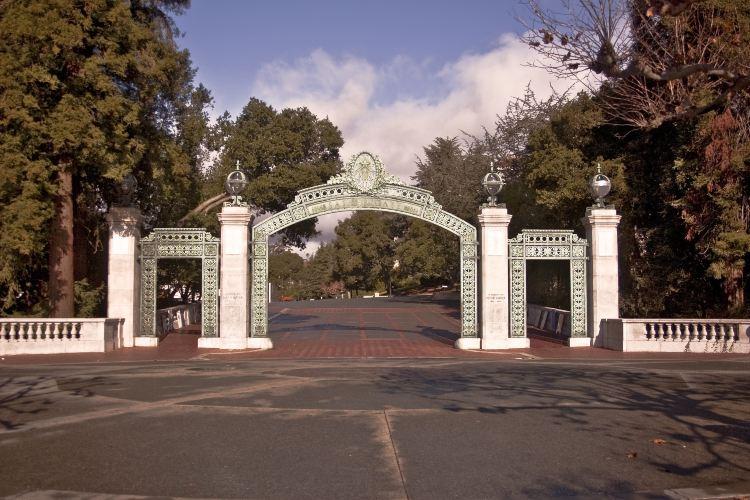 캘리포니아 대학교4