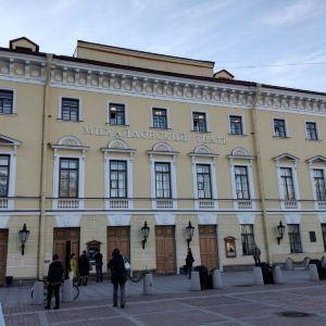 米哈伊洛夫斯基剧院旅游景点攻略图