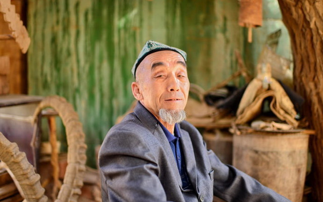 新疆风情:吐鲁番吐峪沟的千年土村