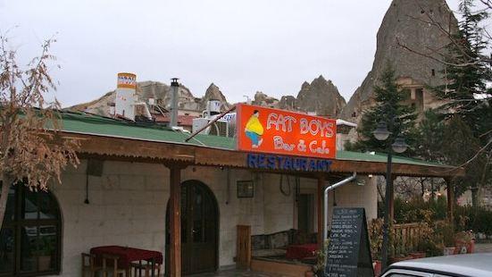 Fat Boys Bar & Cafe