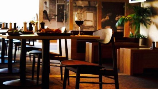 Russell Street Wine Bar