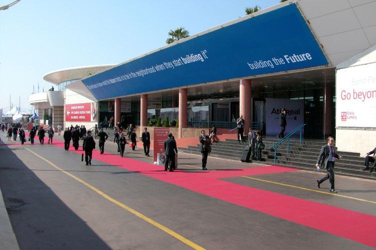 Palais des Festivals et des Congres2
