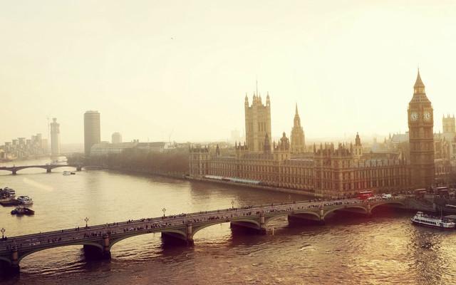 大不列颠梦游记
