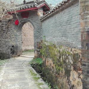 银龙古寨旅游景点攻略图