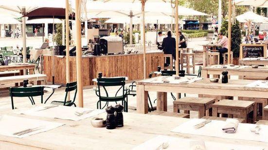 Brasserie Schiller & Goethe Bar