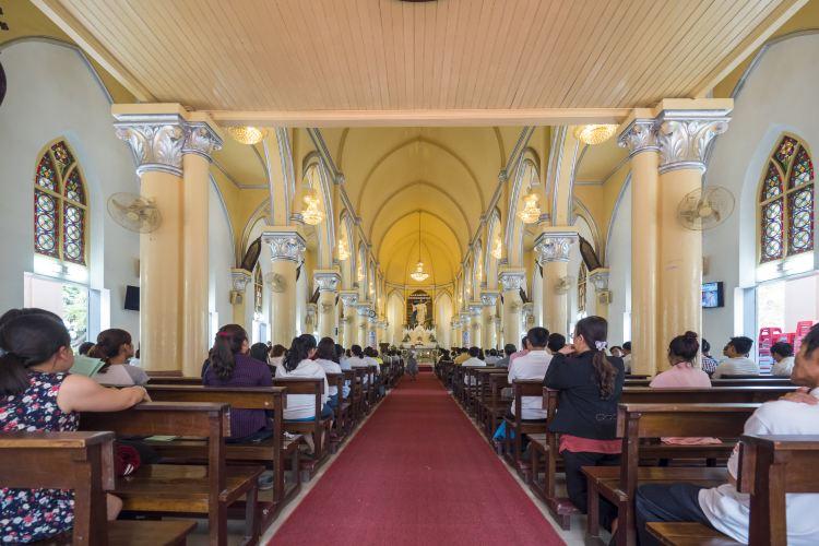 Da Nang Cathedral2