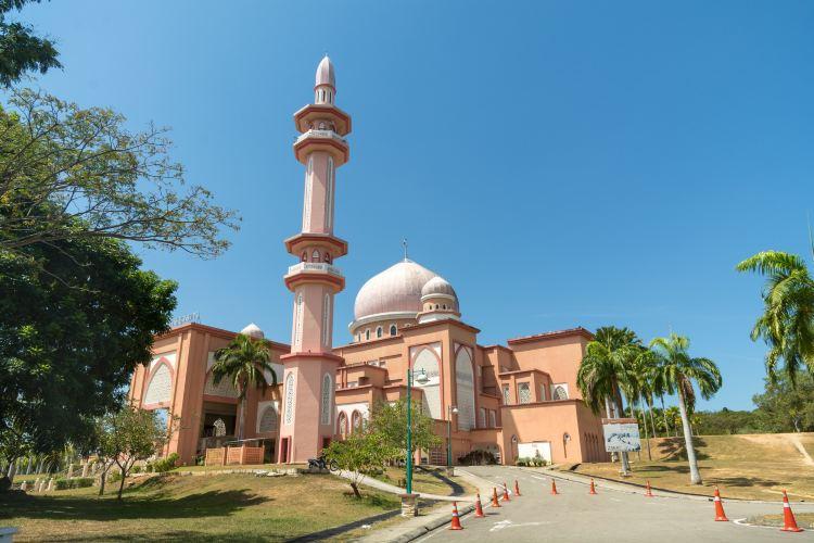 Universiti Malaysia Sabah1