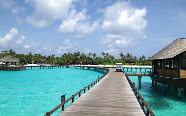 在印度洋上被海风微拂的蜜月--Maldives Hilton Iru Fushi
