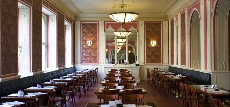 Cafe Louvre2