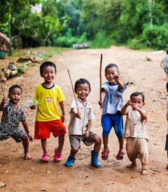 [琅勃拉邦游记图片] 佛国的连续行走,拖欠的老挝 泰国游记