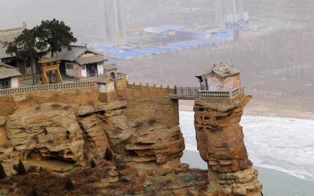黄土高坡下的晋陕大峡谷