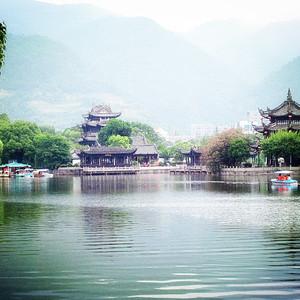临海游记图文-这个暑假去哪儿玩,说好的台州临海,说好的雁荡山。吃货和玩货必看~