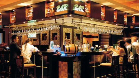 Q-cafe( Dan Feng Bai Lu Hotel)