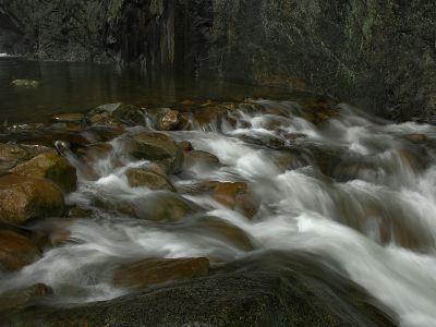 Longjingxia Waterfall
