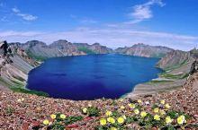 远离酷暑l盛夏的长白山,大约还在冬季