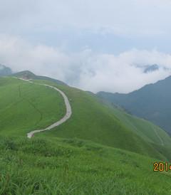 [萍乡游记图片] 漫步高山草甸,享受多彩人生--三个50+女人徒步穿越武功山之旅