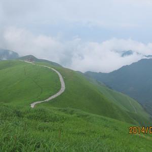 萍乡游记图文-漫步高山草甸,享受多彩人生--三个50+女人徒步穿越武功山之旅
