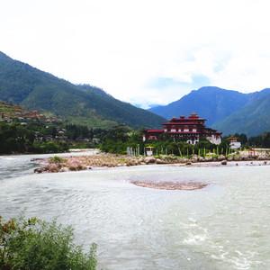 不丹游记图文-不丹坐落于父亲母亲河交汇处的普那卡宗