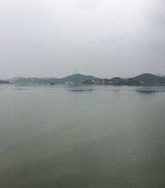 [湘乡游记图片] 水府庙水库泄洪