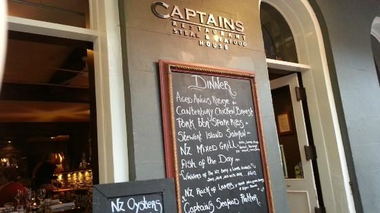 Captains Restaurant3