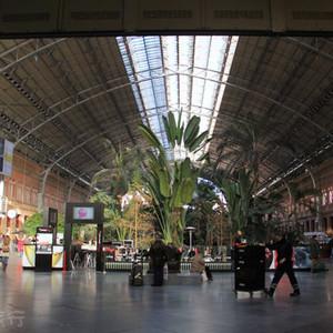 波尔游记图文-世界最美火车站台,人人都是火车控