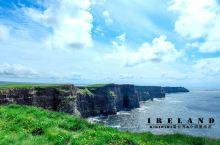 ▲莫赫悬崖是欧洲的天涯海角,很多欧洲情侣到这里许下海誓山盟。它也是电影《哈利·波特与混血王子》上映后
