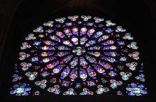 巴黎的美丽年代:哥特式的梦想