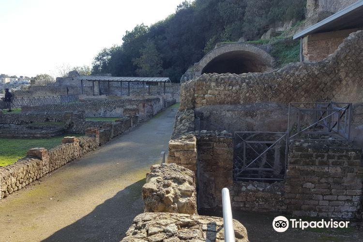 Baia Archaeological Park4